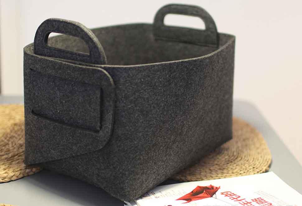 06 felt box black