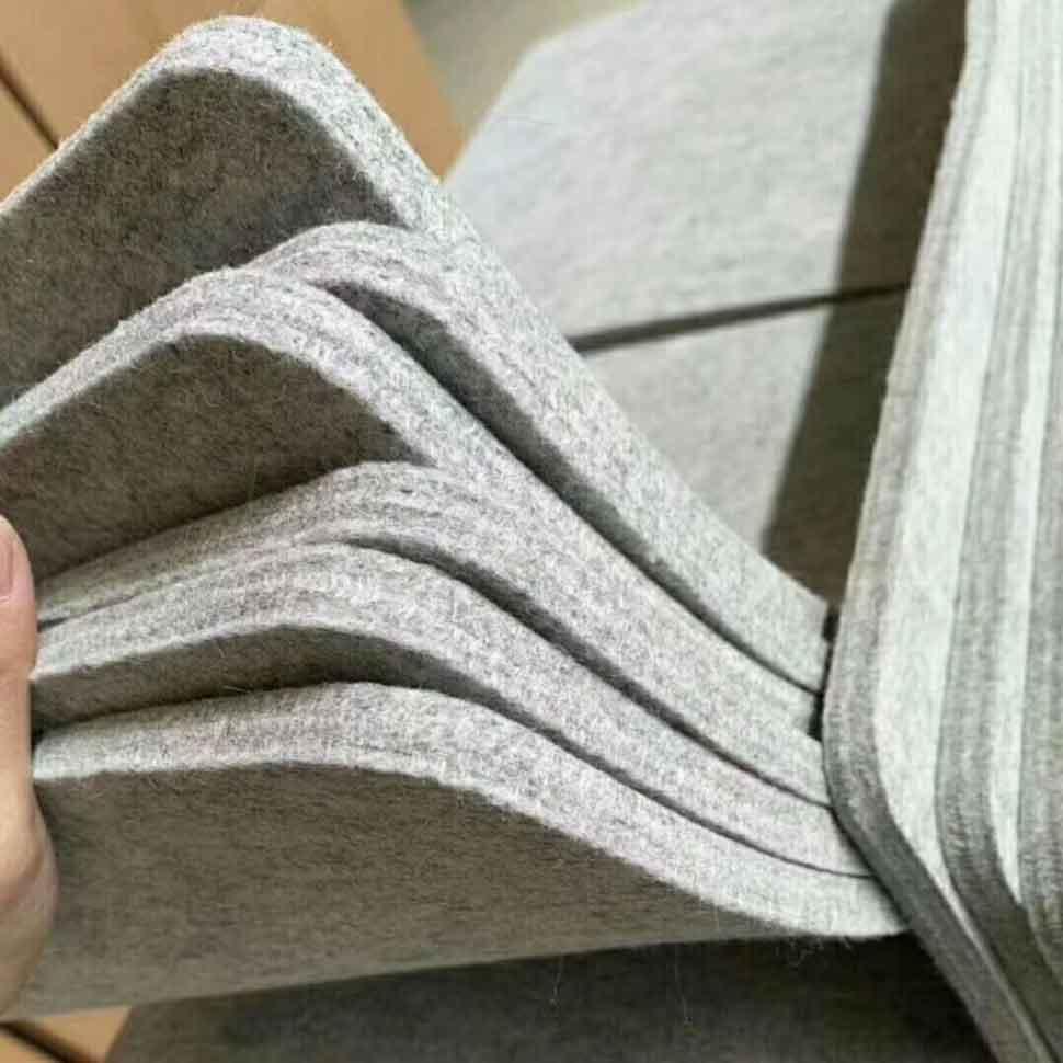 3 wool ironing mat