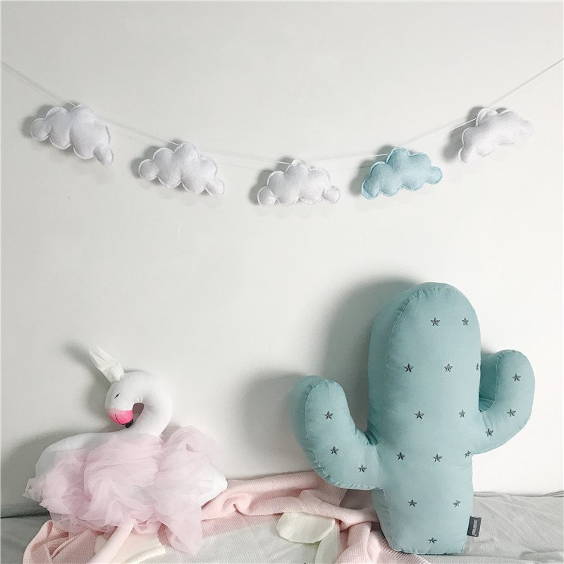 Beautiful Kids Room Decoration Felt Cloud Garlands